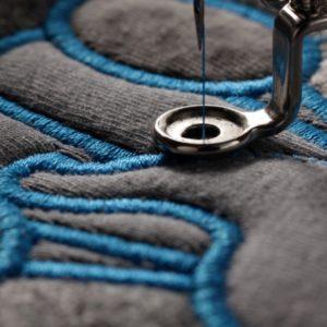 Sticken: Über die hochwertige Veredelung von Textilien bei Liquisign